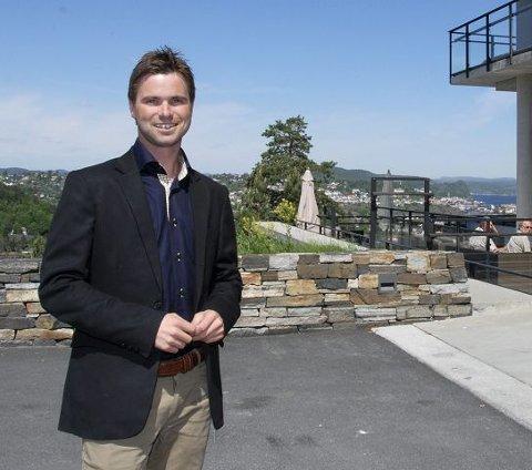 Ny jobb, men ...: Paul Wegar Ekelund Dørdal får neppe like flott utsikt som her fra Stabbestad-hotellet når han flytter til Sandefjord.(arkivfoto)