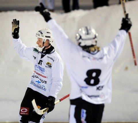 Stian Rånes (f.v.), Espen Wam og Solberg stiller som favoritter til seriegullet i bandy.