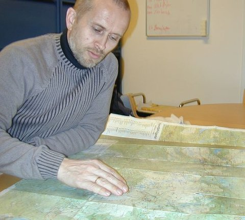 Leder av Naturvernforbundet i Buskerud, Harald Baardseth, har anmeldt ordføreren for alvorlig miljøkriminalitet.