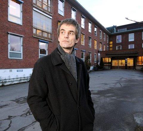 - Et svik av regjeringen, sier en svært skuffet ordfører Bjørn Ole Gleditsch (H). Han så for seg sårt tiltrengt kapital blant annet til delfinansiering av lokalmedisinsk senter ved det tidligere sykehuset.
