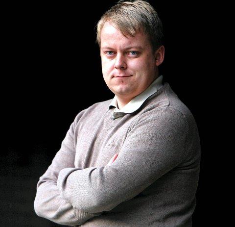 Smekk: Erlend Wiborg får smekk av sjefen. Foto: Terje Holm