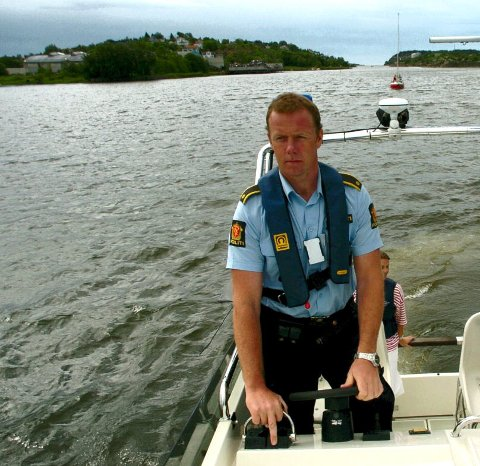 Ordenssjef Øyvind Nilsen og hans mannskap har i år doblet båtfyllkontrollene i skjærgården.