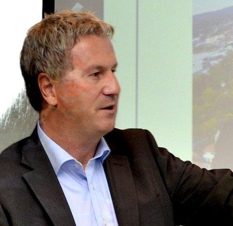 Jon Petter Larsen har vært sentral i salget.