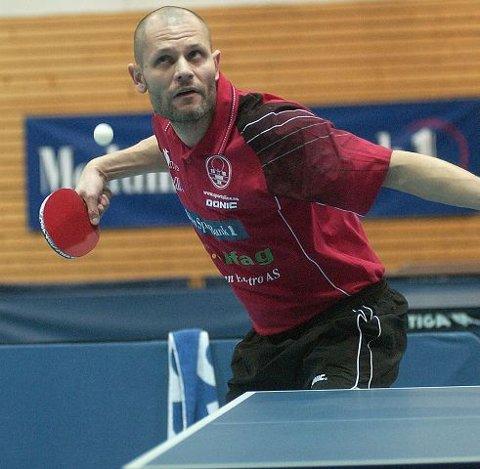 TRIPPEL NORGESMESTER. Istvan Moldovan vant single-NM i 2000, 2001 og 2006. Nå er han tilbake i Modum-drakt også i seriespillet.  FOTO: PER ABRAHAM GRENNÆS