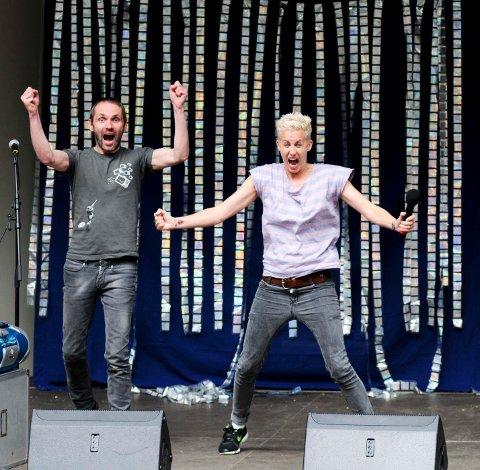 På scenen sto Heidi Marie Vestrheim fra Barne-TV sammen med musiker og komponist Roy Ole Førland, og holdt show om Knølhvalen Kai.