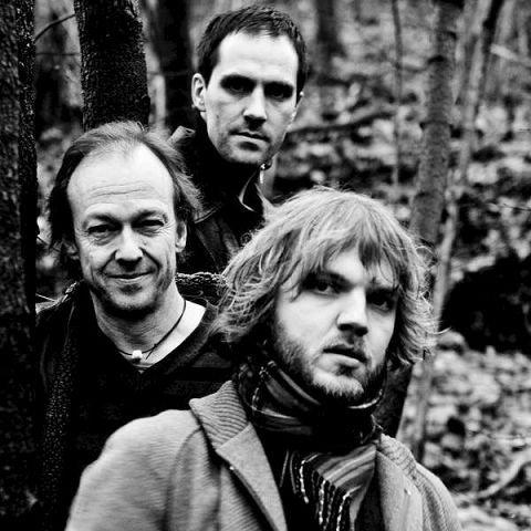 Jazztrio der Nikolai Eilertsen spiller sammen med Thomas Strønen og Bjørn Klakegg. Plate kommer i mars.