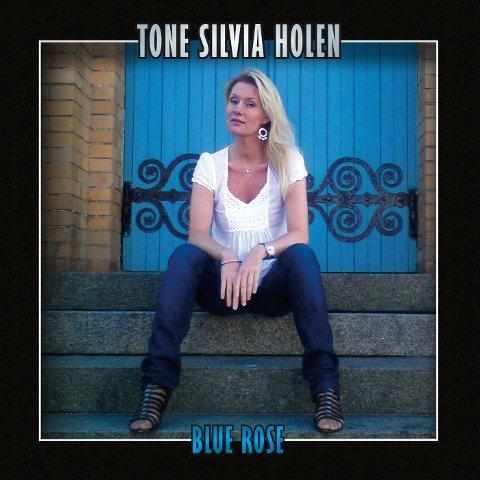 """Nytt album: Tone Silvia Holen er ute med sitt siste album """"Blue Rose"""" les mer om det her."""