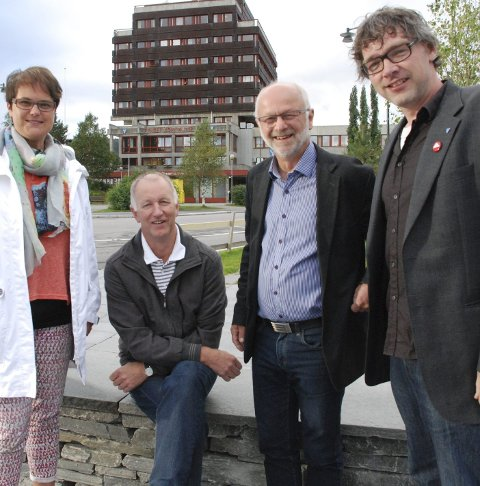 MOBILISERER: Ordfører i Tolga, Ragnhild Aashaug (Sp), ordfører i Alvdal,Svein Borkhus (Ap), ordfører i Os,  Arnfinn Nergård (Sp) og ordfører i Tynset, Bersvend Salbu (SV).