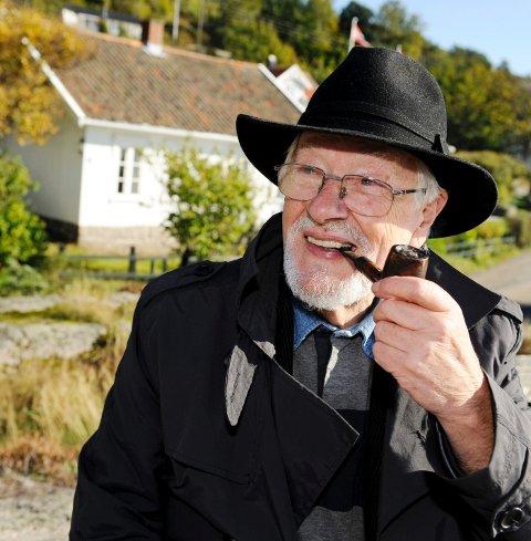 Paul Grøtvedt, kunsthistoriker og forfatter, Tjøme