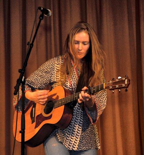 Vakkert: Signe Marie Rustad trollbandt publikum med sine særpregede sanger.