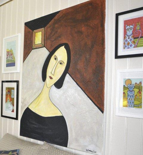 Små og store: Arbeidene til kunstneren i Hernes finnes i alle størrelser og farger.