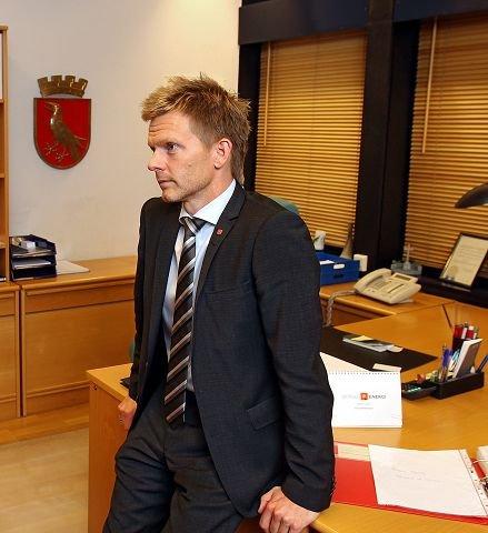 Det var Frp som brakte kravet om parlamentarisme på bane i forhandlingene med Høyre og ordfører Tage Pettersen.