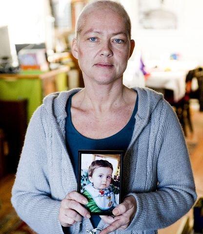 Isak døde to år gammel etter en sykehustabbe. Hans mamma Ingjerd Daae (42) kjemper nå for at politiet skal etterforske alle unaturlige dødsfall på sykehus.