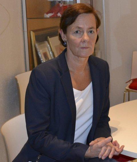 Klinikksjef Kirsten Hørthe  mener størrelsen på klinikken kombinert med at de ansatte er flinke til å melde forklarer de høye tallene.