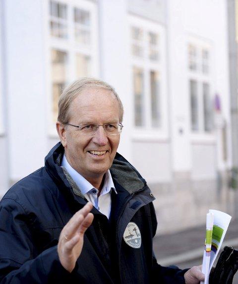 Prosjekter: Ordfører Petter Berg (H) mener man bør få ferdig de «små» veiprosjektene først. Foto: Anne Charlotte Schjøll