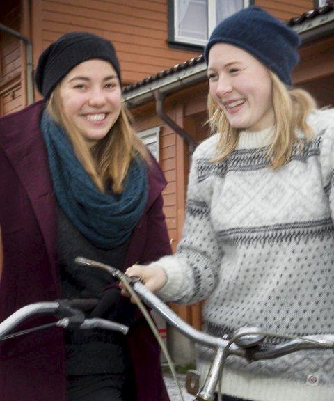 Optimistisk: Jentene har stor tro på at prosjektet blir realisert.