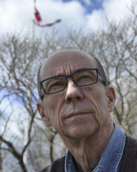Med bok: Thorbjørn Bakken (67) fra Trysil kommer med boka Overgriperne. Ei bok som kan få konsekvenser for mange. Boka vedlegges nemlig en klage til Statens helsetilsyn.