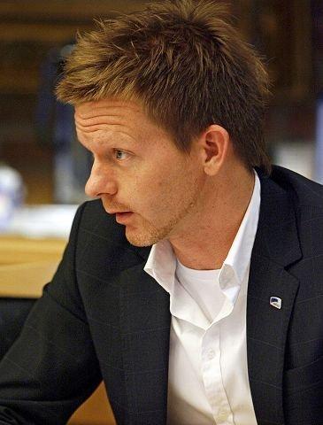 Tage Pettersen har full tillit i Høyre.