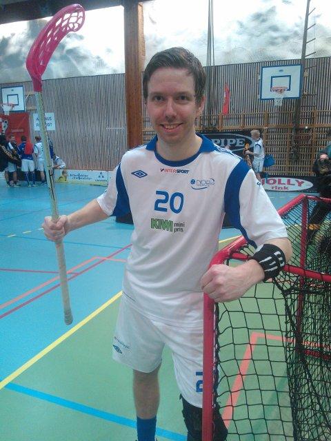 Steffen Løvlund scoret hele fire mål da NOR92 slo Holmlia 10-6 i toppkampen torsdag.