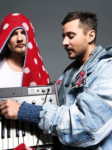 Röyksopps elektroniske musikk har fått plass i både «FIFA 10» og «FIFA 06» .