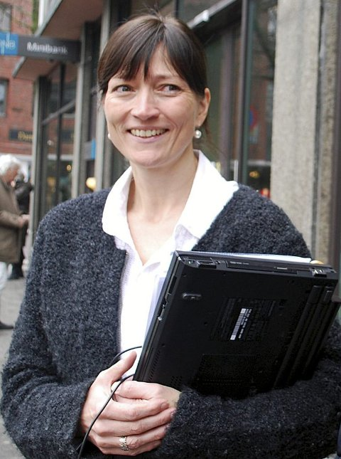– Bruk god tid på visning. Du må få godfølelsen, sier Elisabeth Sedivy i DNB Eiendom.