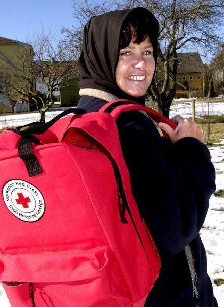 Birgitte Gundersen har hatt noen lærerike, men tøffe uker i det fattige Iran. Når iranere så en Røde Kors-ryggsekk sa de bare; takk for at du vil hjelpe oss, forteller Gundersen, som torsdag kveld kom hjem til familien på Torp. Nå er det på´n igjen på nyfødt intensiven på sykehuset i Fredrikstad.