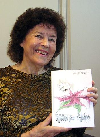 """Nærhet og spenning. Forfatterskapet til Milly Lyngheim viser nærhet til mennesker og spenningsbølgene uteblir ikke i boken """"Håp for Håp"""". FOTO: BODIL STIGEN DAMMERUD"""