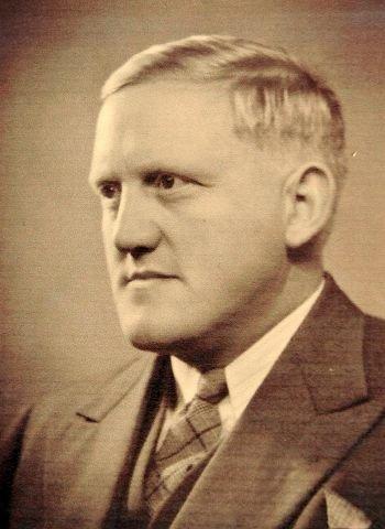 – Jeg er ikke flau over bestefar, sier Kersti Grindalen. Simon Grindalen (bildet) var naziordfører i Elverum under krigen.