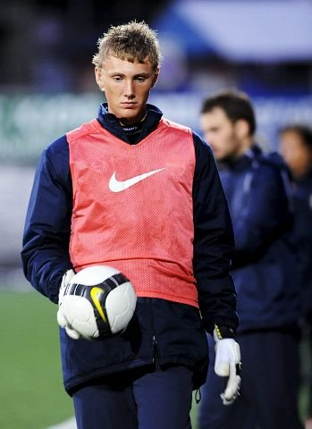 VILLE HA. DFK ville ha Strømsgodsets juniorkeeper Lars Cramer.