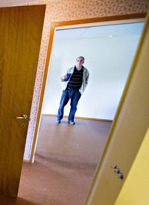 Utflyttet: Forvalter Terje Johansen i en kommunal bolig.