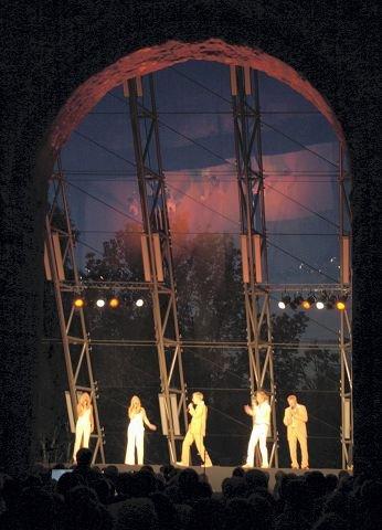 POPULÆRE: The Real Group samlet fullt hus under Festspillene i 2002. Fredag kveld kan du høre dem igjen i Hamardomen.<I>Arkivfoto: Kjell Arne Fridtun</I>