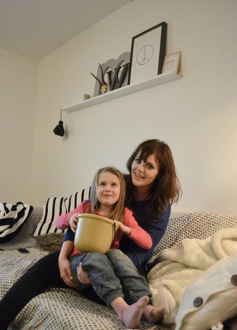 Tobarnsmamma og sjukepleier Silje Husebø gleder seg stort til 18. februar og den store bloggkåringen på Latter i Oslo.