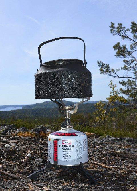Kaffekos: Kaffekjelen har vært med på utallige turer, og gjorde nytten også på 170 meter.