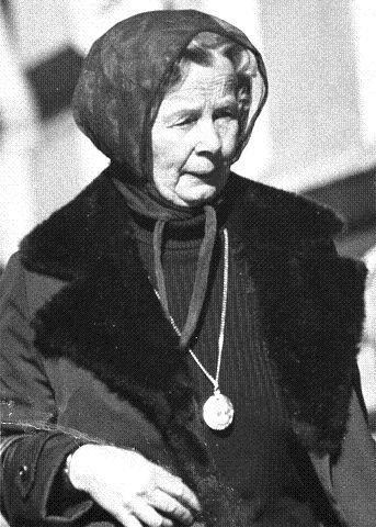 Gunvor Galtung Haavik innrømmet 270 hemmelige møter med KGB-offiserer. Mens hun ble avhørt satt hun i kretsfengselet i Tinghuset i Drammen. Der døde hun av hjertesvikt noen måneder før rettssaken mot henne kom opp.