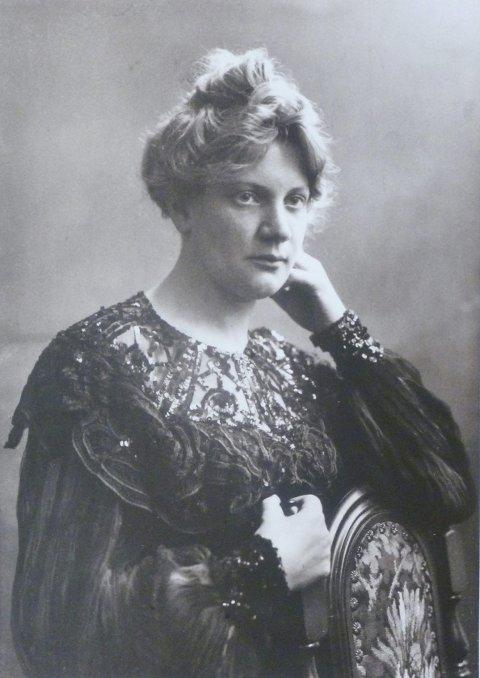 FRA HORTEN: Apotekerdatter Alfhild de Luce Sandby.