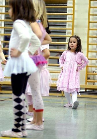 $BYLINE_ON$ROSA PÅ BALL: Hoftefest og dans er gøy uansett alder.$BYLINE_OFF$