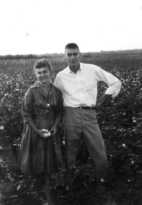 FORELSKET: Gro Nylander og hennes amerikanske kjæreste.