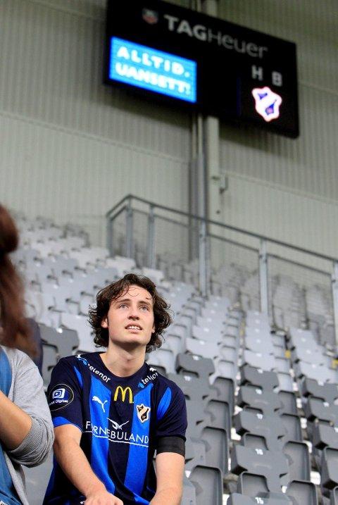 «Mix» avbildet i Telenor Arena etter det som var Stabæks siste kamp i arenaen. Bildet ble tatt 21. november 2011.