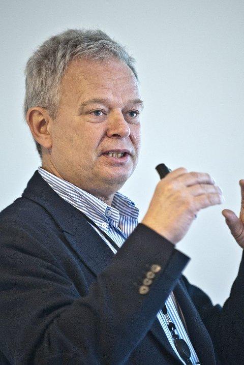 DIREKTØR: Trond Rangnes er direktør ved divisjon for psykisk helsevern på Ahus.  FOTO: CHRISTIAN CLAUSEN
