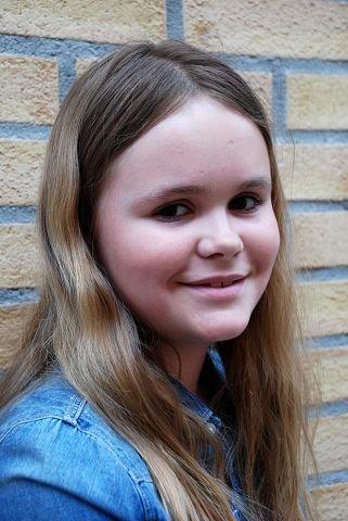 EVA STAVSETH ØHRN (10): Det så ut som skuespillerne hadde det veldig morsomt på scenen. Jeg fikk kanskje lyst til å være med i teatergruppa selv.