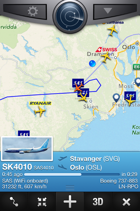 Flyet fra Stavanger måtte sirkle sør-øst for Kongsberg. Skjermdump: Flightradar24.com