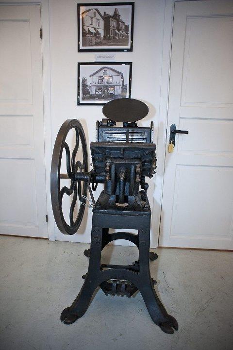 beintråkket: Denne manuelle pressa, en Diegel fra 1800-tallet, måtte beintråkkes.  FOTO: OLE KR. TRANA