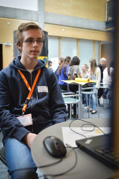 "Daniel Halland (15) fra Vestsiden ungdomsskole vant prisen Kodu Nerd for spillet sitt, ""Defense 2""."