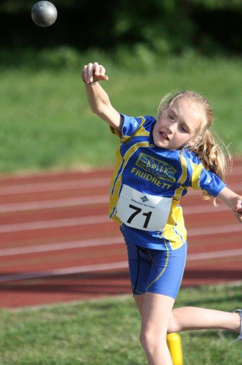 Margrethe Gangnes fra Bøler fikk 4,30 meter i kule.