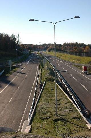 VENTER: 12 km ny E18 i fire felt mellom Moskvil og Gulli ved Barkåker er så godt som ferdig.
