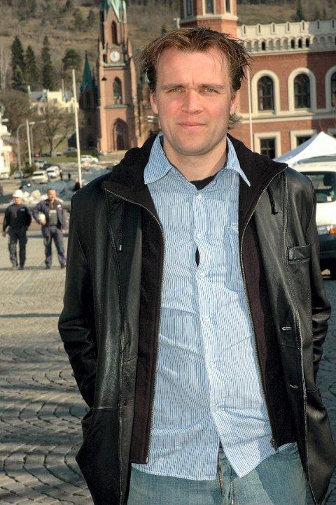 I dag er det Hans Erik Ødegaard som sitter i sjefsstolen i det familiedrevne firmaet.