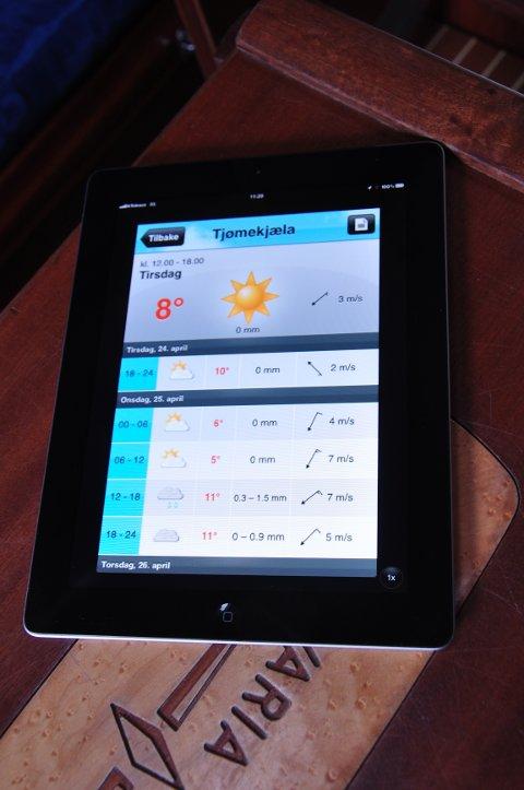 Yr er en selvsagt app for båtfolk. Men ikke stol blindt på tall og bilder. Grafikken er laget av roboter, tekstvarslelet som skjuler seg bak knappen øverst til høyre er bearbeidet av meteorologer - og mer presist.