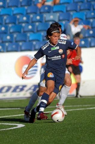 I juli 2008 spilte Lars Fuhre andrelagsfotball for SIF for glisne tribuner på Marienlyst.