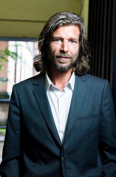 Karl Ove Knausgård er aktuell med «Min kamp. Fjerde bok».