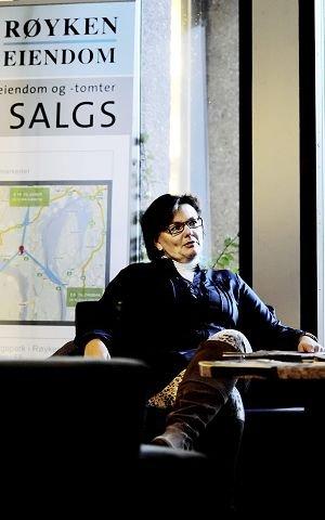 Eva Høili, med over 15 års erfaring som KrF-politiker, står nå på egne bein, og vurderer sin framtidige politiske karriere.